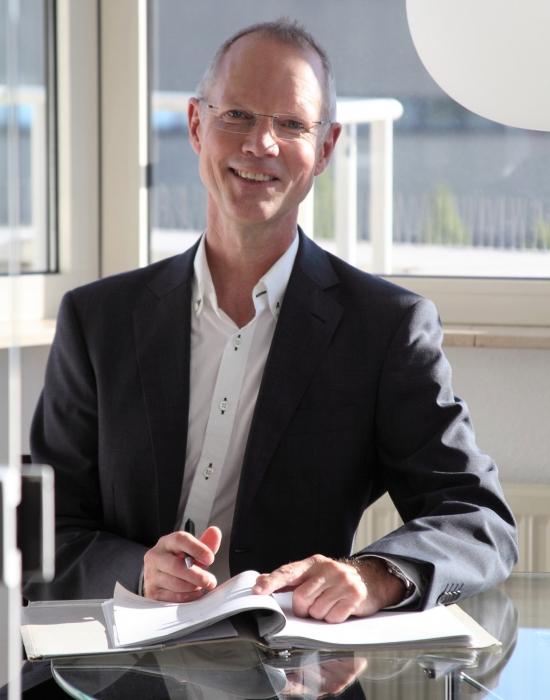 Peter Reinhold Rechtsanwalt Verkehrsrecht Hamburg Harburg